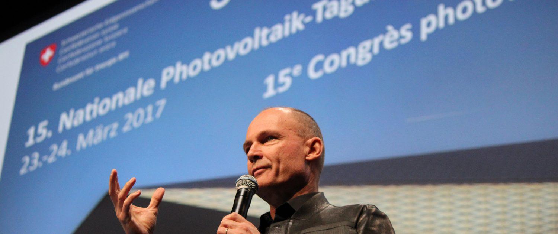 Bertrand Piccard an der 15. Nationalen PV-Tagung in Lausanne (Quelle: swissolar)