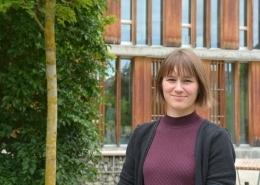 Hochschulpraktikantin Nora Studer