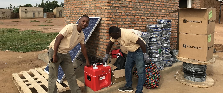 Pilotprojekt der Verstromung von Dörfern in Ruanda