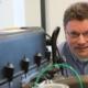 Gilles Hardy travaille chez FPT Motorenforschung à Arbon pour rendre les moteurs Diesel des véhicules utilitaires plus efficaces et plus propres.
